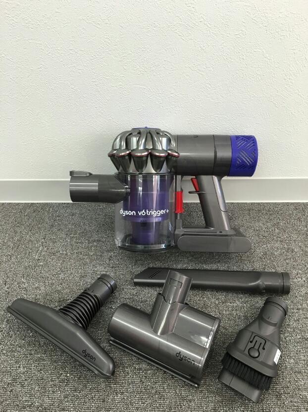 №06 ダイソン布団クリーナー V6 trigger+